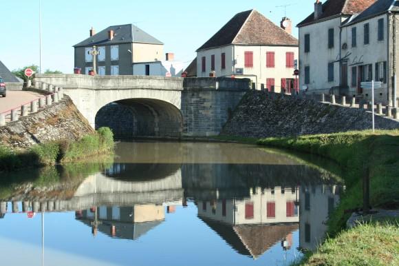 Dorfidylle, Frankreich 2012